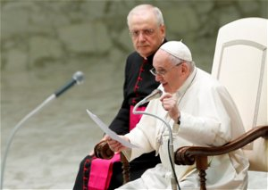 Don't send migrants back to unsafe countries, pope says, citing Libya