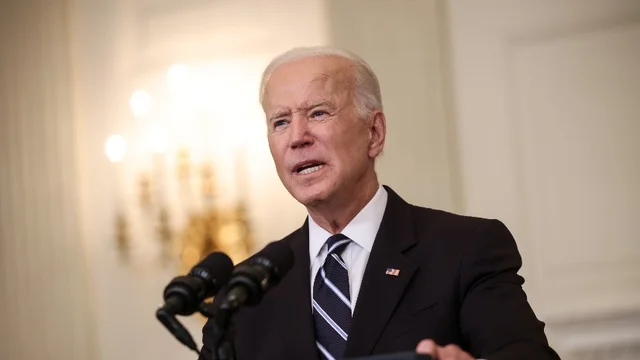 GOP governors vow to fight Biden's new pandemic measures