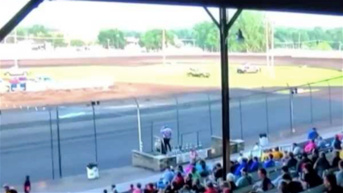 Iowa race track cuts ties with announcer after racist rant