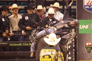 Brazil's Barbosa hangs on for bull riders win at MGM Grand