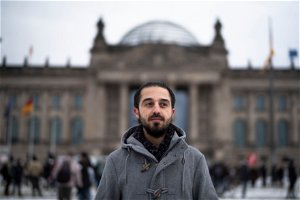 Syrian who fled to Germany drops out of race for parliament