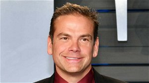 Lachlan Murdoch to end Australia stay and return for Fox U.S. reopening