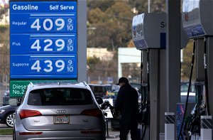 $4 gasoline coming as California reopens