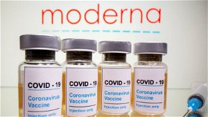 Moderna says COVID-19 vaccine protection wanes, makes case for booster