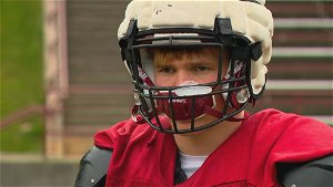 'I knew I'd be back:' Asheville High football player battles back from ACL injury