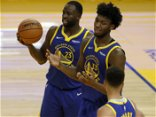 'I think that's you': Mic'd-up Draymond coaches Wiseman in Warriors' win over Lakers