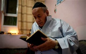 Afghanistan's last Jew leaves after Taliban takeover