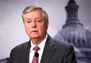 Graham says Brazilian immigrants arriving at border 'wearing designer clothes and Gucci bags'