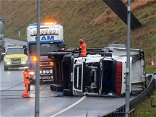 M62 traffic latest: M62 CLOSED as huge delays triggered after incident involving lorry