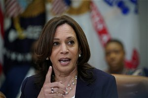 Harris to campaign with McAuliffe in Virginia