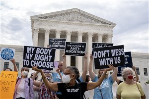 Supreme Court will consider fast track appeal of Texas abortion law