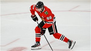 Blackhawks' Patrick Kane, Two Others Placed in COVID-19 Protocol