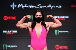 Bellator 256 results: Cat Zingano submits Olivia Parker for first Bellator finish, calls for title shot