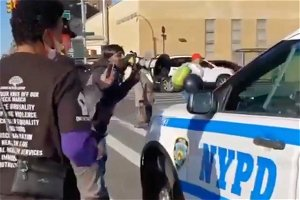 NYC's de Blasio mum after NYPD cops seen on video being harassed