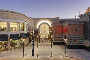 Three new stores open at Menlo Park Mall with three more coming