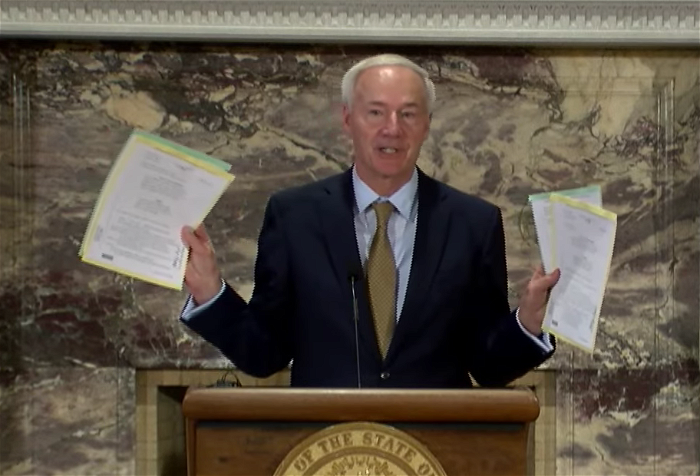 Arkansas governor allows COVID-19 vaccine mandate opt-out bill to become law