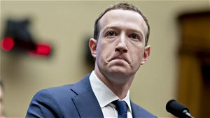 Bad news for Facebook from iPhone users - Is The Message
