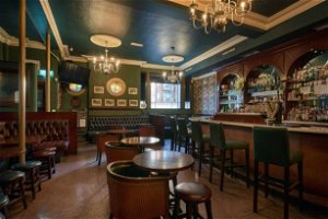Iconic Lombard Street pub up for sale including two-bedroom apartment
