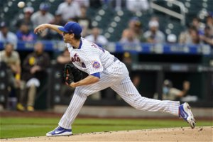 Jacob deGrom's MRI comes back clean, but NY Mets remain cautious