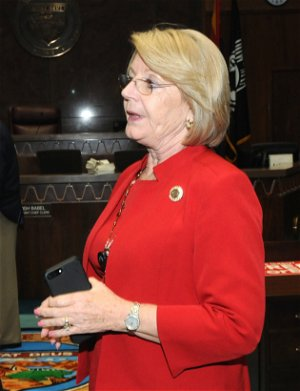 Higher benefits for jobless Arizonans are a must, Senate president says