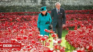 Prince Philip: Poppy artist says prince was 'nation's grandfather'