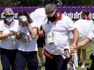 Russian archer faints in heat at Olympics