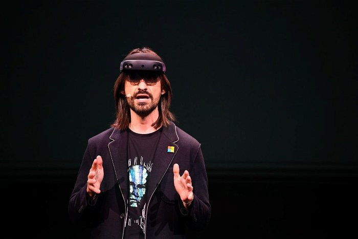 Microsoft sets stage for mixed-reality future