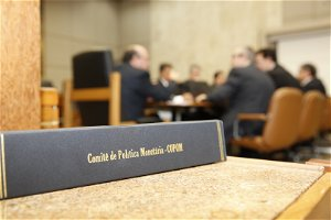Brazil's Central Bank to raise its rate by one percentage point to 5.25% to control inflation