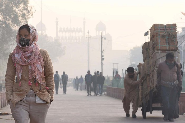 Fossil fuel pollution causes one in five premature deaths globally: study