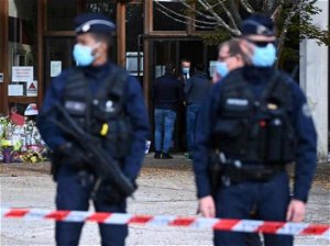 France to charge teenager over Easter 'church attack plot'