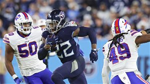 Titans use Derrick Henry, goal-line stand to hold off Bills