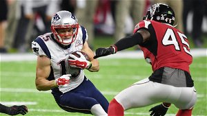 Former Patriots WR Chris Hogan likened his PLL debut to his NFL debut