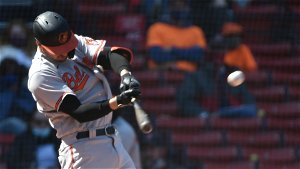 Orioles' Trey Mancini gets rousing standing ovation in return to Camden Yards after beating cancer