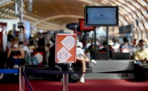 Amber-plus list: Why were extra travel restrictions imposed on France?