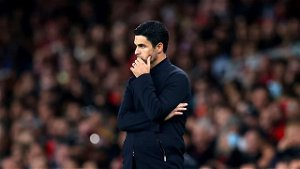 Mikel Arteta's bland football not enough to rouse resigned Arsenal fans from their slumber