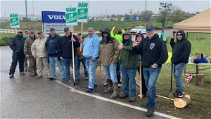 [Opinion] Tennessee educators stand with striking Volvo workers!