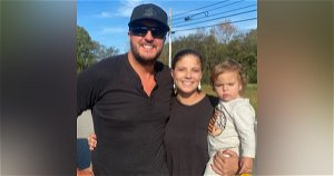 What a guy: Luke Bryan pulls over to help stranded Tennessee mom change tire