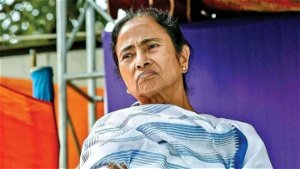 ashim banerjee death:  West Bengal CM Mamata Banerjee's brother dies of Covid