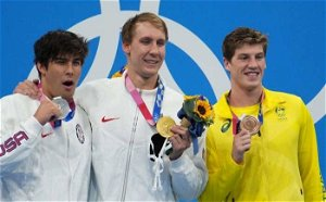 Masks at medal ceremonies 'a must to have': IOC spokesman