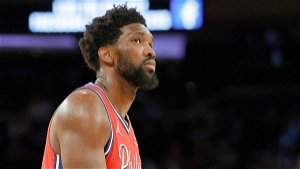 Joel Embiid playing through knee injury for Sixers to show leadership