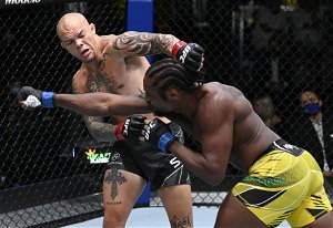 Anthony Smith explains why he is rooting for Glover Teixeira to win the UFC light heavyweight title