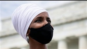 Pelosi says Omar will not face consequences over comments