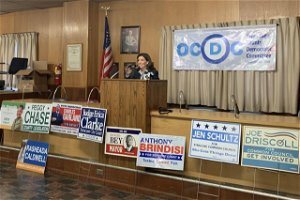 Gov. Hochul endorses Khalid Bey at rally marking first day of early voting