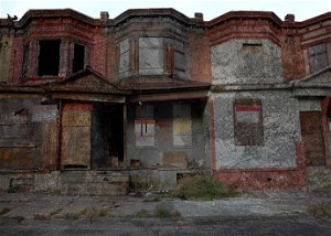 """Pennsylvania Town """"Gives Away"""" Homes To Attract Investment"""