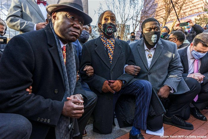 Floyd family, legal team kneel for 8 minutes 46 seconds outside courthouse