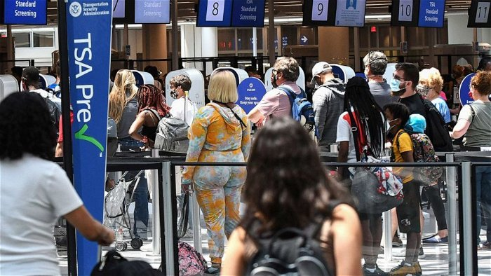 3,000 unruly passengers so far this year -- 2,300 cases over mask wearing: FAA