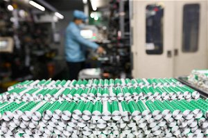 Chicago startup raises funding to improve lithium-ion batteries