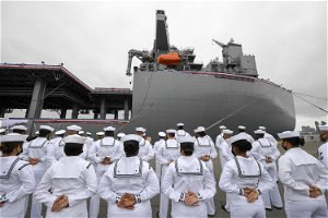 Navy commissions $525M warship in San Diego