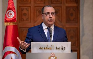 Tunisia's president dismisses prime minister after protests