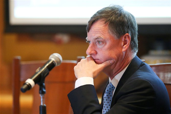 Fed's Evans Says End Of Pandemic Relief 'Disappointing'